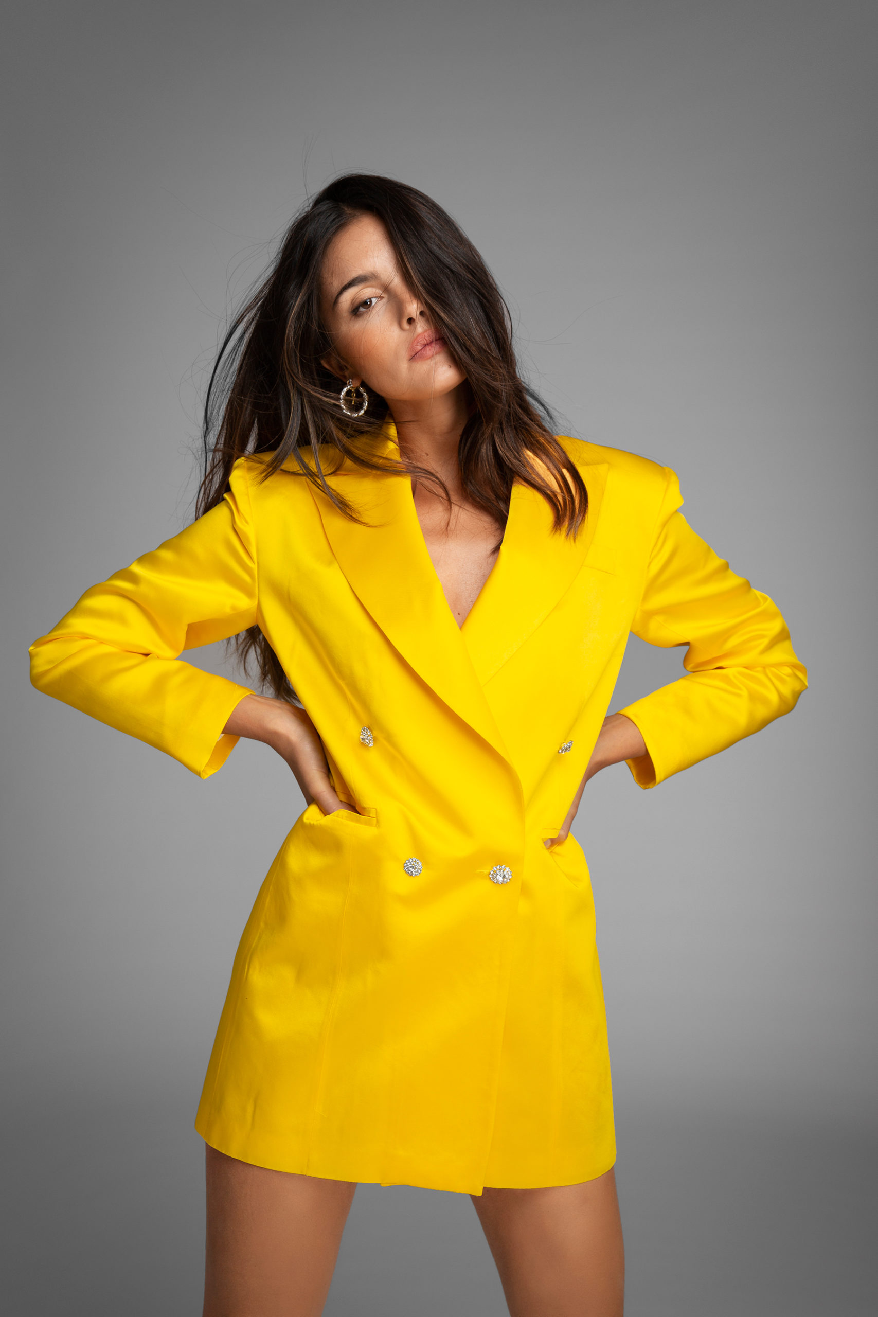 womance-tuxedo-smokin-chaqueta-seda-mini-dress-yellow-hq-2