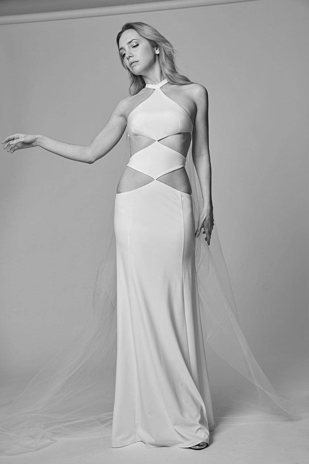 CUTOUT_WEDDING_DRESS